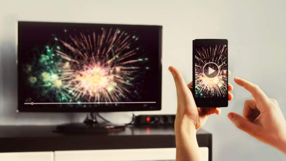 how-can-you-connect-your-iphone-to-your-tv