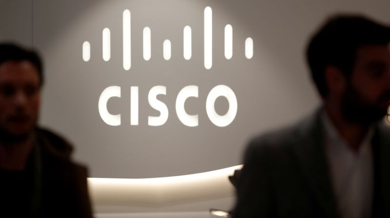 Cisco denies report of developing private-cloud subscription service