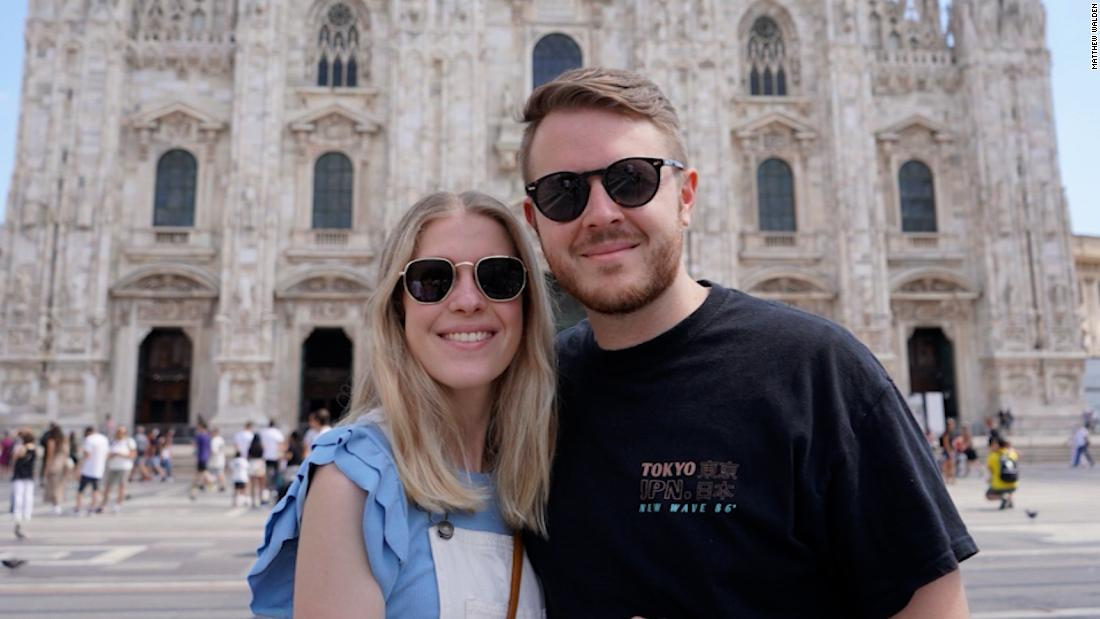 Wife returns from Italy alone during husband's quarantine