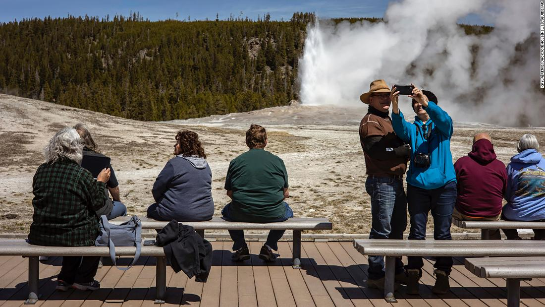Yellowstone National Park sets record for August visits